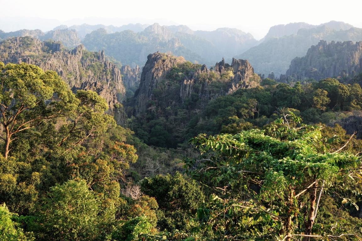 Mitten in Laos